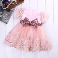 Bambino dei capretti neonate vestiti manica corta spettacolo principessa Dress sfera fiocco in pizzo abito da sposa Tutu partito del vestito operato