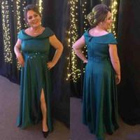 Longo Mãe Da Noiva Vestidos Uma Linha Plus Size Fora Do Ombro Lado Verde Escuro Dividir Fenda Vestidos de Noite Formais Do Vintage Para A Festa De Casamento