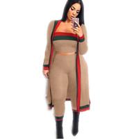 Gestreifte Trainingsanzüge Coat + Pants + Top Dreiteilige Anzüge Winter Volle Hülsen Frauensätze Beiläufige Reizvolle Art und Weise Sommer Weibliche Größe S-3XL