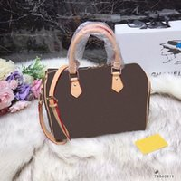 Ladies fashion brand bag Europe and the United States brand ...