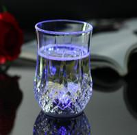 بقيادة النبيذ الزجاج السائل كأس الاستشعار حثي LED لون قوس قزح وميض الضوء الوهج الأقداح لحزب بار الرئيسية منحوت القدح GGA2485