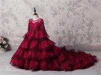 Increíble de múltiples capas de chicas del desfile de los vestidos de rojo oscuro de encaje de manga larga Apliques granos de la flor vestidos de niña para la boda vestido de fiesta largo de tren