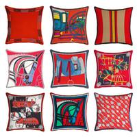 أعلى بيع مرح عيد الميلاد الأحمر وسادة الحصان وسادة تغطي الخريف المنزل أريكة غرفة نوم سيارة الديكور المخملية غطاء وسادة حمراء