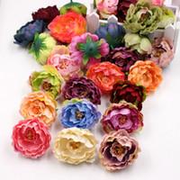50pcs décoratifs artificiels pivoine pivoine simulation DIY SOYK FLEUR FLEUR Tête pour la décoration de fête de la maison de mariage Fleurs de haute qualité