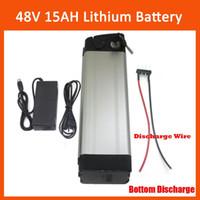 Batteria al litio ricaricabile da 750W 48V per bici elettrica al litio 48V 15AH con caricatore da 54.6V 2A e scarico inferiore BMS