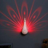 Lampes murales LED lampe de nuit colorée avec projecteur à distance télécommande tactile lampe murale de projection de paon pour la chambre des enfants
