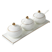 Europea in ceramica sale pepe shaker Set condimento bottiglia regalo di festa di nozze pentole da cucina scatola di sale in porcellana
