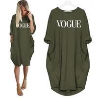 2019 новая мода футболка для женщин Vogue буквы печати карманные топы harajuku футболка плюс размер графические тройники женщины с плечами1