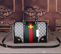 OC new top factory produces women' s handbag VI Date Cod...