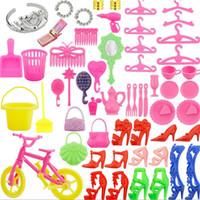 1Set de Acessórios Toy Vida Boneca Brinquedos Human Simulação de DIY Princesa Boneca Acessórios Pequeno Tocar Casa Crianças
