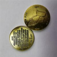ОДИН ДЕНЬ НА ВРЕМЯ руки молящегося ВОССТАНОВЛЕНИЕ CHIP AA SERENITY МОЛИТВА трезвости COIN + Оптовая медаль лучший подарок Позолоченные монеты Unite государства
