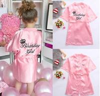 Sweet Kids Pajamas Robe Satin Enfants Kimono Robes Anniversaire Cadeau Cadeau Fleur Robe De Soie Peignoir De Soie Peignoir de nuit Tête de nuit Peignoir pour enfants 5 tailles