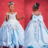 라이트 스카이 블루 2020 꽃 Gilr 드레스 어깨 3D 꽃 Appliqued 어린 소녀 웨딩 드레스 아동 선발 대회 드레스 가운 FG019 끄기