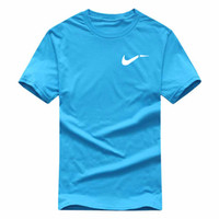 T-shirt do desenhista 2021 Verão Running 100% algodão T de Algodão Homens Mulheres Mulheres Esportes Fitness Top Tamanho Europeu XS-2XL Casual Camisa Preta Basquetebol