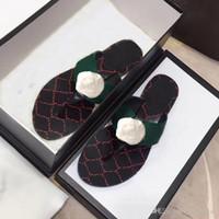 Klasik Erkek terlik Yaz lüks kadın plaj Terlik Tasarımcı mektup Ayaklı Düz topuk sandalet Metal Webbing bayan terlik boyutu 35-45 flop