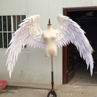 Costume belle bianco rosso cartone animato piuma angelo ali per le riprese Display cerimonia nuziale di modo puntelli del costume di Cosplay gioco