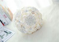 Weiß Braut Hochzeit Bouquet de mariage Pearls Bridesmaid Künstliche Hochzeit Bouquets Blumen-Kristall buque de noiva 2020