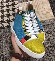 Le donne superiori del rhinestone delle donne degli uomini all'ingrosso 2019 progettano le scarpe degli uomini delle scarpe da tennis inferiori rosse famose di marca del progettista con la scatola ed il sacchetto per la polvere