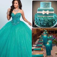 2020 Yeşil Balo Quinceanera Elbiseler Sevgiliye Kristal Boncuklu Tül Kat Uzunluk Korse Masquerade Artı Boyutu Tatlı Onaltı Elbiseler