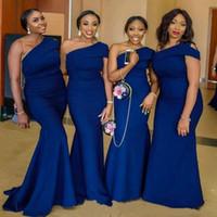 섹시 로얄 블루 1 어깨 긴 신부 들러리 드레스 나이지리아 아프리카 우아한 인어 웨이브의 웨일즈 가운 웨이브