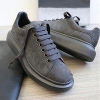 Sneakers de plate-forme surdimensionné Homme Baskets en daim gris noir Chaussures de baskets à lacets de haute qualité blanches de haute qualité