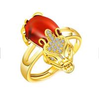 Anillo de bodas Pixiu chapado en oro con piedras preciosas estilo chino Anillo ajustable para hombres y mujeres