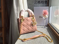 Women' s shoulder bag new upper body very textured. The ...