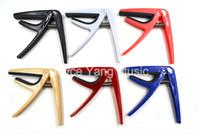 Niko bunte Kunststoff-Ukulele Gitarre Capos Clamp Key ändern Schwarz / Weiß / Rot / Blau / Rosa / Beige 6 Farben