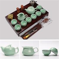 vendas Hot Chinese Kung Fu Tea Set Copos roxo argila cerâmica incluem Tea Pot Cup, madeira natural Terrina Infuser Tea Tray Chahai