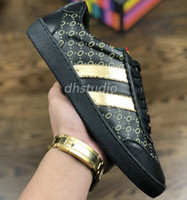 34c3019723f New Arrival. 2018 TOP Fashion Designer Shoe Brand Embroidered Dapper Dan  Genuine Leather Sneaker Luxury Italian Shoes For Man Woman Casual ...