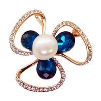 Mode Legierung drei-Blatt Blume Brosche Süßwasser Perle Diamant Brosche weiblichen Charme Schmuck