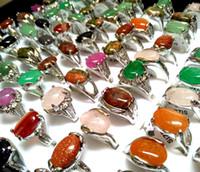Toptan 50 adet Üst Mix Renkli Doğal Taş Yüzükler Kadınlar Bayanlar Kristal Charm Zarif Yüzük Moda Rhinestone Yüzük Noel Takı