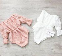 2020 Säugling Horn Hülsenspielanzug Anzug-Spitze climbing gehäkelt einteilige weiß rosa volle Spitze hohl-out jumpsuits