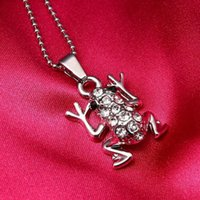 10pcs Hot sell Europe and the United States New Fashion Retro Zircon Frog Pendant Necklaces Wedding Travel Memorial Jewelry Gift T-143