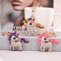 Unicorn Tasarım Anahtarlıklar Çanta Tutucu Lüks Kristal Rhinestone Kadın Kızlar Metal Anahtarlık Yüzükler Takı Araba Hayvan Kolye Charm Anahtarlık Için