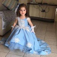 최신 높은 낮은 파란색 꽃 여자 드레스 V 넥 화이트 레이스 아플리케 아이 거룩한 첫 영성체 가운 새틴 유아 선발 대회 드레스