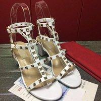 أحذية ذات الكعب العالي محطة الأوروبية الجديدة ذات جودة عالية العلامة التجارية أحذية 35-41 سميكة أحذية الكعب مصنع المبيعات المباشرة شحن مجاني