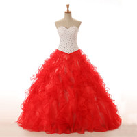 Chic Sweetheart Scollatura Bianco Rosso Quinceanera Abiti Dresses Strass Perline Sweet 16 Abiti da ballo Lace Up Indietro Vestido Debutante ID0002