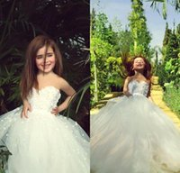 Wholesale White Strapless Dresses For Kids - 2016 Lovely Flower Girl Dresses for Wedding Strapless Ivory Vintage Lace Kids Communion Gowns with Handmade Flowers Beads Tutu Gowns
