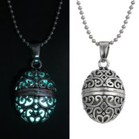 Wholesale Led Plant Glow Lights - 2015 New Glow Pendant Necklace Sliver Chain Hollow Vintage Can Open Light Led Christmas GIft Women Fluorite Grow Necklaces N07