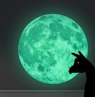 ingrosso decorazioni farfalle marrone-Home Decor Wall Sticker Moon Earth Glow in the Dark 30cm PVC Spedizione gratuita
