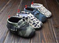 ingrosso scarpe prewalker leopard-2015 Baby First Walker moccs Baby mocassini soft sole in pelle camo leopard pre-bootie booties bambini piccoli in pelle arco scarpe
