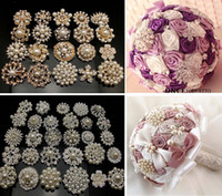 Wholesale Rhinestone Brooch Mixed - Wholesale - 30Pcsx faux pearl brooches mixed designs and colors silver gold color brooch pins