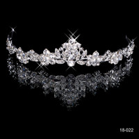 Wholesale Gold Rhinestone Wedding Bridal Tiara - 2015 Brilliant Crystal Bridal Crown Tiara 18K White gold plated metal Wedding Bride's Hair Comb Fashion Design Cheap In Stock 18022