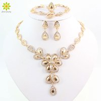 Wholesale Celtic Costume For Women - Fashion Crystal Flower Necklace Earrings For Women 18k Gold Plated African Costume Jewelry Sets