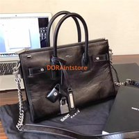 Wholesale small wax bags for sale - New Luxury Bag Women Oil wax Leather Tote with lock big capacity Jour bag Fashion show Shoulderbag Neutral Cool and Rock Style