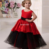 Wholesale Cheap Tutus For Little Girls - Lovely Black and Red Flower Girl Dresses for Wedding Ball Gown Tutu Crew Floor Length 2016 Cheap Little Girls Party Birthday Communion Gowns