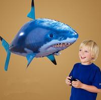 peixe, voando, remoto venda por atacado-RC Drone Tubarão Nadador Tubarão Clownfish Flying Air Swimmers Montagem Inflável Natação Peixe Palhaço Controle Remoto Blimp Balão