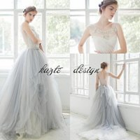 Ärmelloses Schaufelhalskleid Kaufen -2018 Ombre Tüll Strand Brautkleider Spitze Applique Perlen Scoop Neck Brautkleider Sleeveless Tiered Rüschen Sweep Zug Bridal Party Kleider