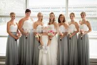 zwei tonvorhänge großhandel-2016 neue zweifarbige weiße silberne graue Brautjungfernkleider Liebsten Falten drapiert Chiffon Plus Size lange Brautjungfern Kleid
